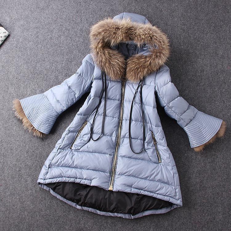 2015-Winter-European-high-end-fashion-fur-hood-trumpet-sleeve-thicken-down-coat-for-women-warm (1)