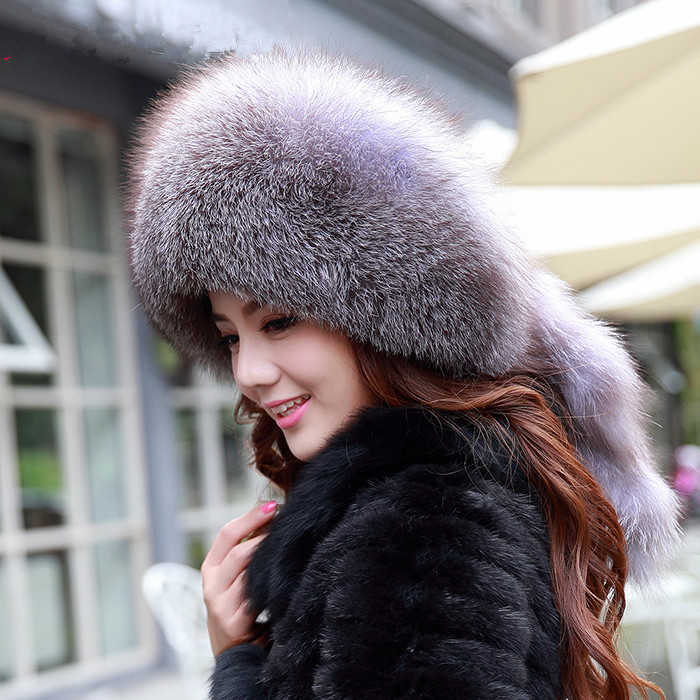 The new real fox fur fur hat ladies millinery silver fox tail of tassel ear warm tide women