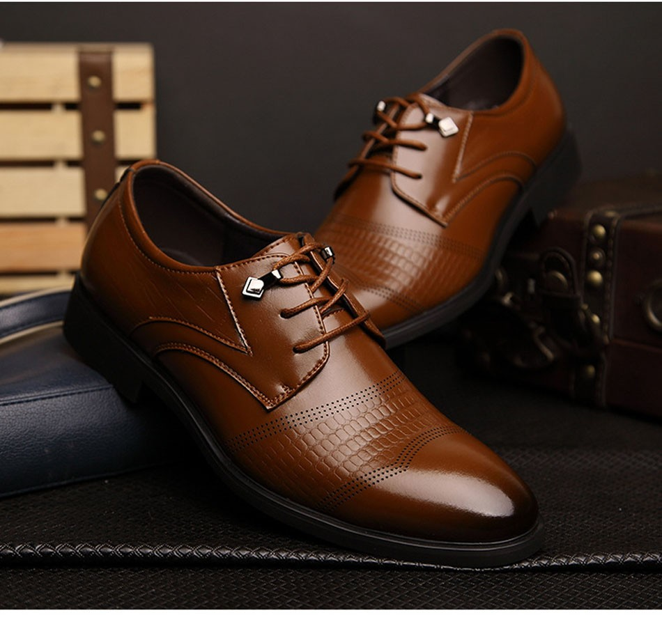 Large Size 38-48 Pointed Top Flats Shoes Men 2016 Wedding Formal Dress Shoes Luxury Brand Lace Up PU Casual Shoes Black Brown