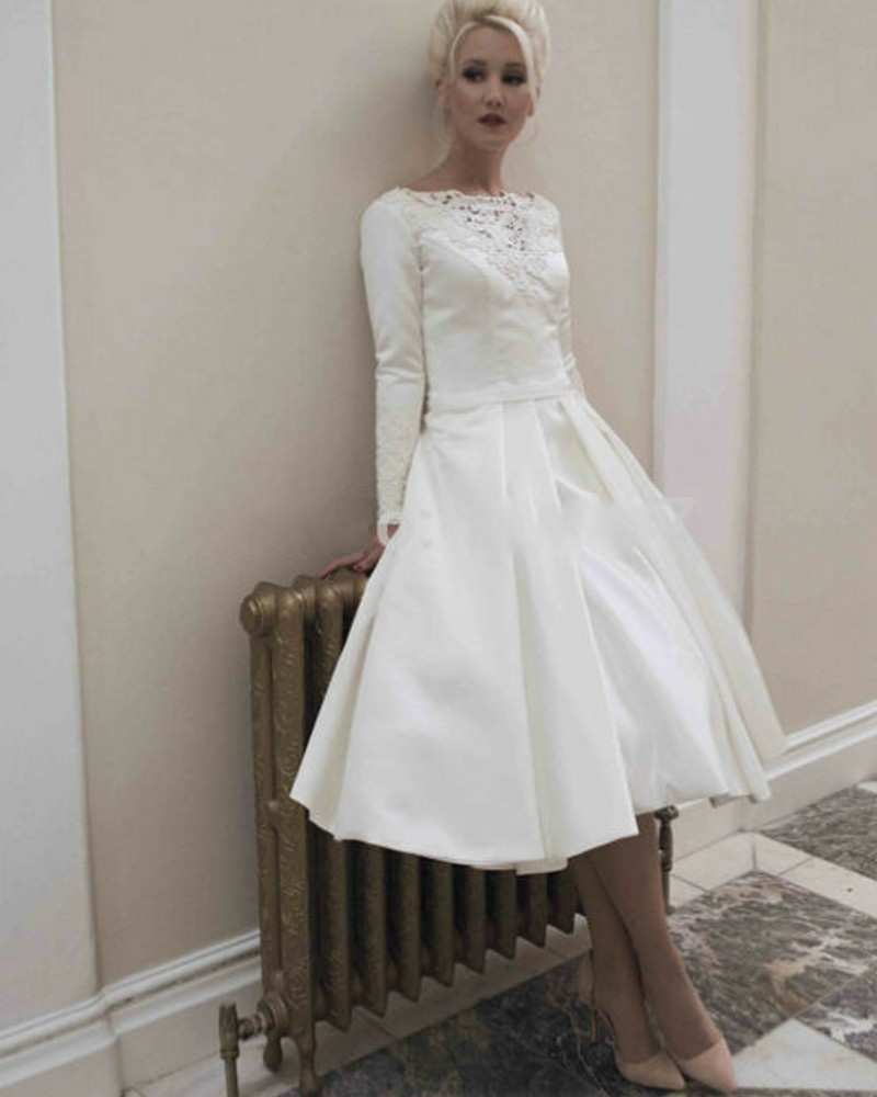 Elegant long sleeves satin short wedding dresses 2016 for Simple elegant short wedding dresses