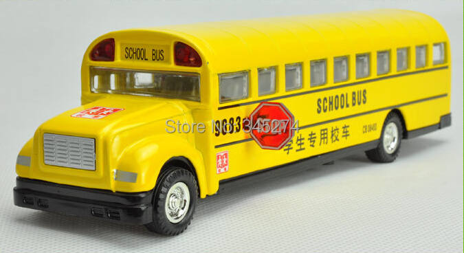 1:32 Emulational Electric Alloy Diecast Models Car Toys Classic School Bus Brinquedos Miniature sound voice Car Doors Openable(China (Mainland))