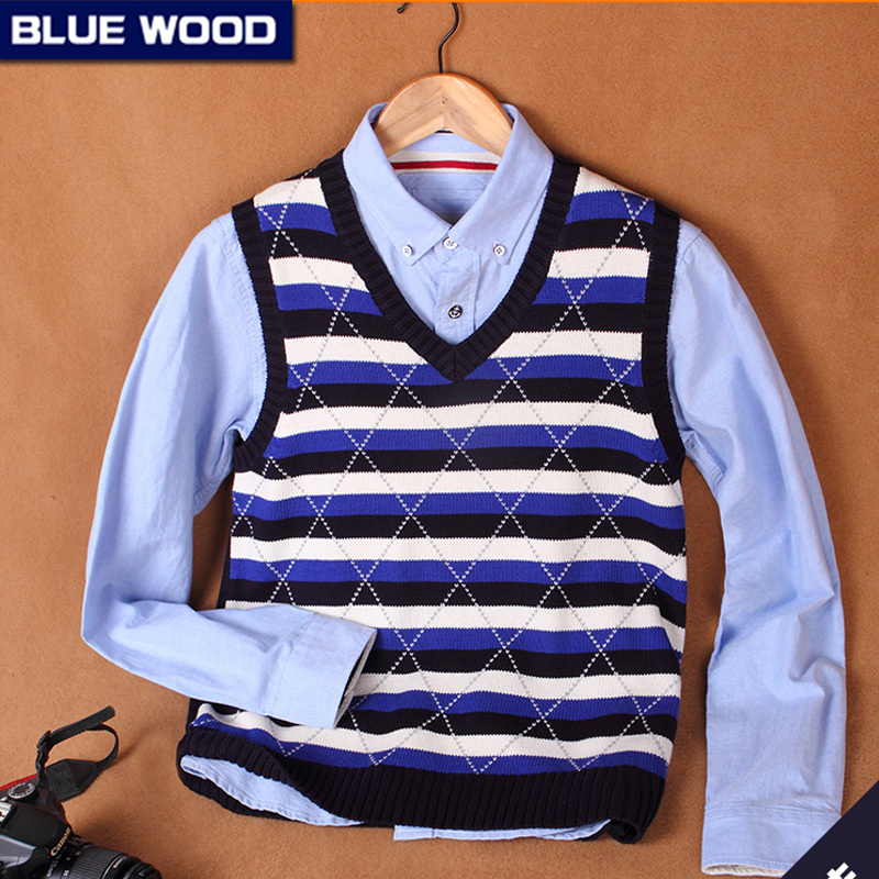 2015 Fashion New Men's Striped Knit Sweater V-Neck Vest Cotton Waistcoat Full Length Men's Clothing M21117(China (Mainland))