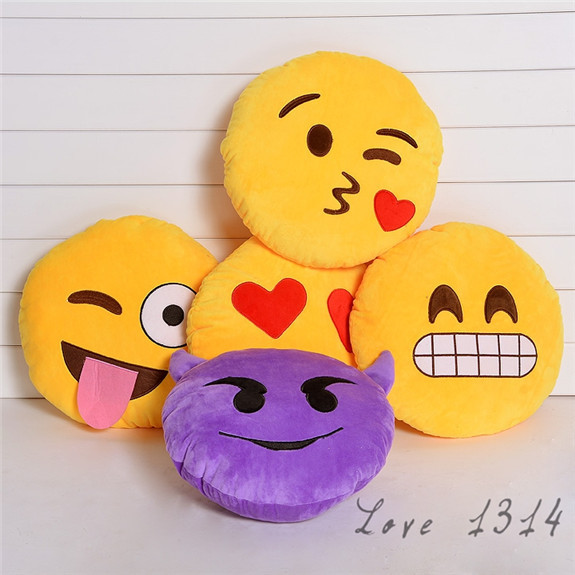 Hot Funny Emoji Smiley Emoticon Round Cushion Home Pillow Stuffed Plush Soft Toy Children Gift Yellow Purple Kiss Devil SV007619(China (Mainland))