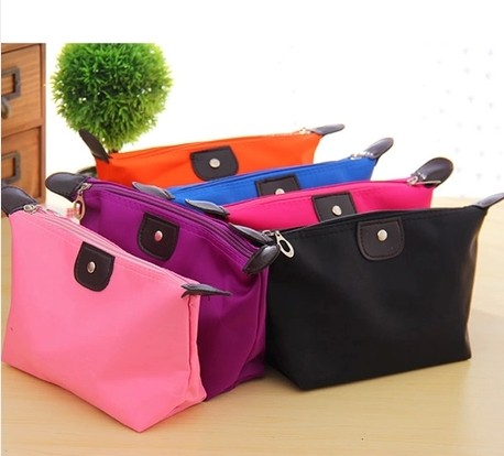 Cosmetic Bags Dumpling Large Volume Makeup Bag Women Packages Waterproof Make Up Bag Wash Gargle To Organizer bag(China (Mainland))