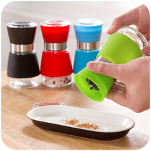 Creative silicone antiskid manual Chinese prickly ash sesame pepper grinders Lead-free glass grinding seasoning bottle(China (Mainland))