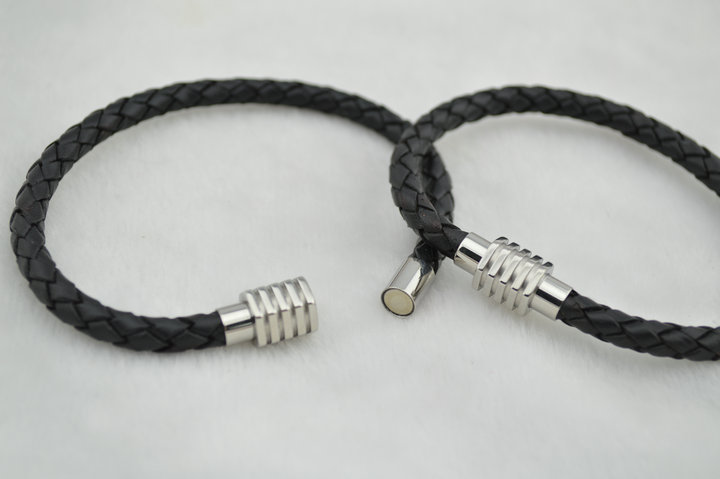 Handmade High Quality Magnetic Stainless Steel Clasp Black Color Leather Cord Bracelets 30 pc per Lot Free Shipping<br><br>Aliexpress