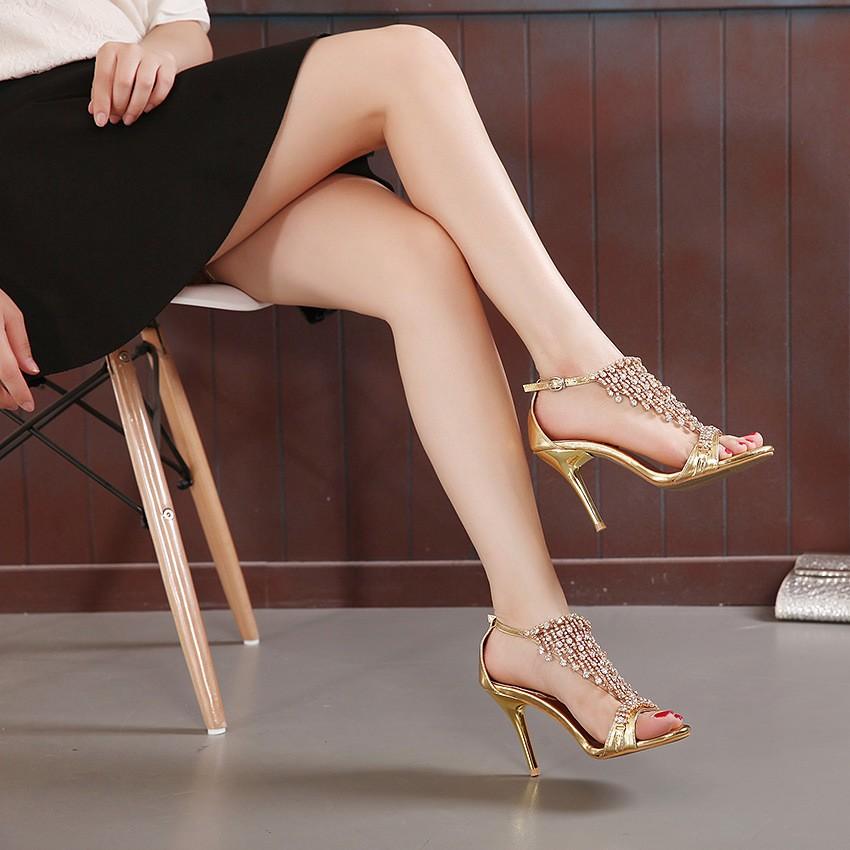 ซื้อ รองเท้าผู้ใหญ่ผู้หญิงพรรครองเท้าrhinestoneรองเท้าส้นสูงบางหวานcrysther