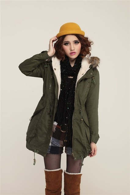 Heavy Winter Jackets For Women | Outdoor Jacket
