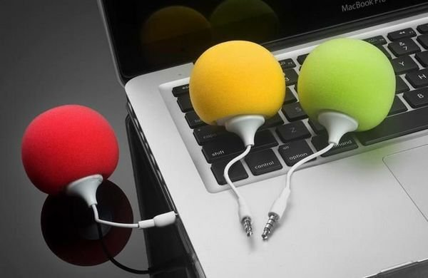 FREE shipping 5pcs/lot Portable Audio Dock Mini Ball Portable Speaker sound for 3.5mm Audio Jack lPHONE 5 4 3G ipod +retail box(China (Mainland))