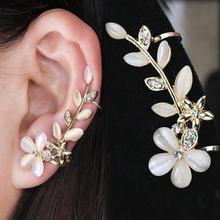 2016 New 1pc Flower Shape Rhinestone Left Ear Cuff Clip Golden Earring Ear Stud Free Shipping EAR-0414(China (Mainland))