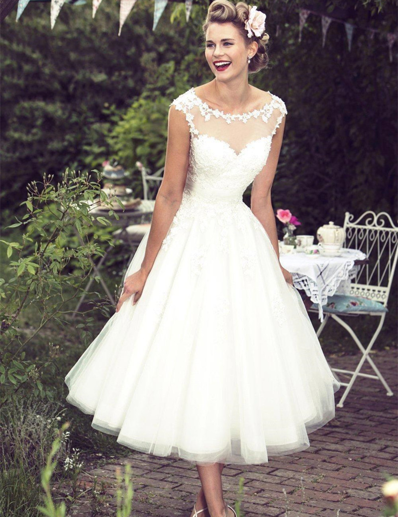 New Vintage Lace Short Wedding Dresses 2016 Ivory Tea Length Sheer ...