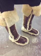 Estilo Retro de la Mujer Del Dedo Del Pie Redondo Botines de Moda patchwork de Cuero Botas de Nieve Caliente de la Piel Dentro de la Nieve Botas Hasta La Rodilla Zapatos(China (Mainland))