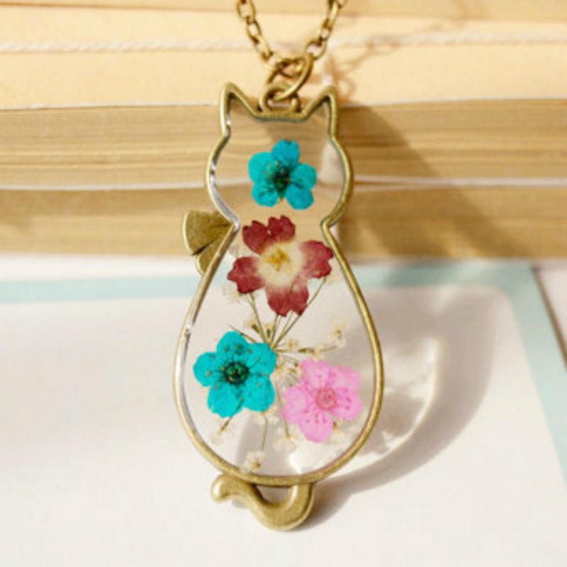 Flyleaf Handmade Retro Bronze Cat Natural Dried Flowers Necklaces & Pendants Women Vintage Jewelry Bijoux Femme