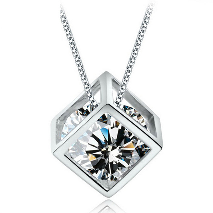 ($10 mix orders) Wholesale Jewelry 925 Sterling Silver CZ Diamond Crystal Love Magic Cube Square Shape Necklace Pendant DZ815(China (Mainland))
