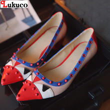 Elegant style high quality PU seasons shoes Size 40 41 42 43 44 45 46 47 48 Rivets design Pointed Toe lady pumps free shipping(China (Mainland))