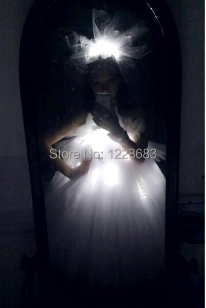 Free Shipping White And Green Led Festa Light Up Dress Sexy Led Light Suit Clothing Flashing For Girls Led Wedding Dress(China (Mainland))