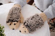 Rukavice s motívom ježka