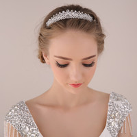 2015 fashion classic  bridal tiaras white crystal diadem for bride hair comb crown veil hair accessories wholesale