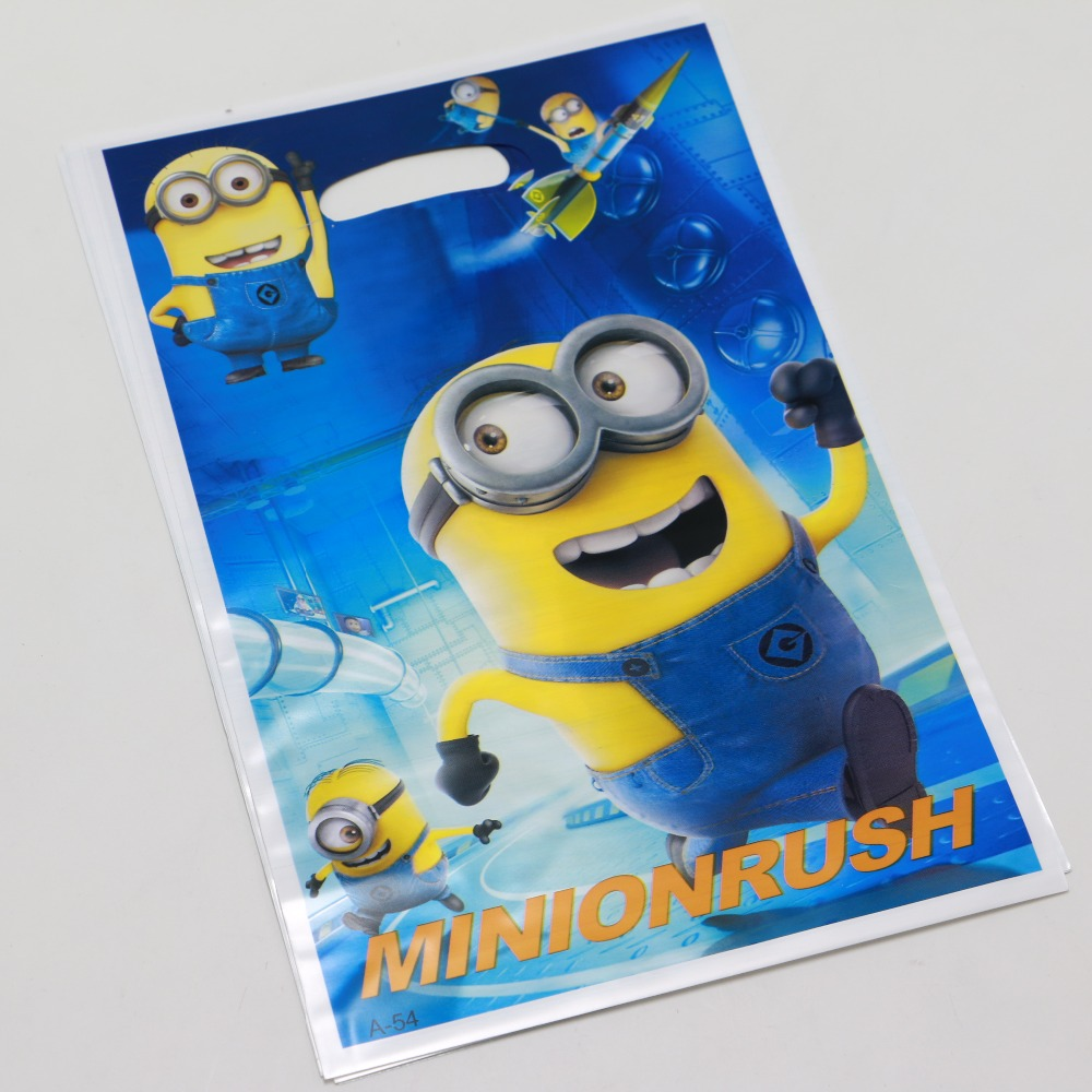 10pcs Kids Boy Girl Birthday Party Supplies despicable me Me2 minion theme Decoration printing plastic candy Gift Bag(China (Mainland))