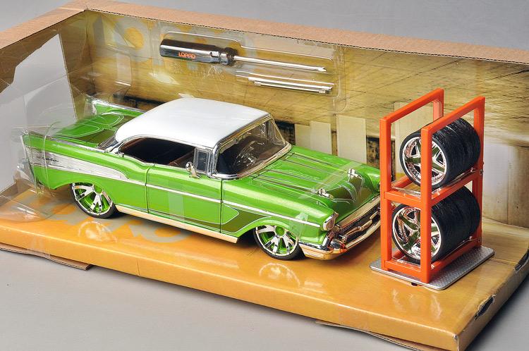 Free Shipping Jada alloy car models 1957 CHEVROLET chevy bel air(China (Mainland))