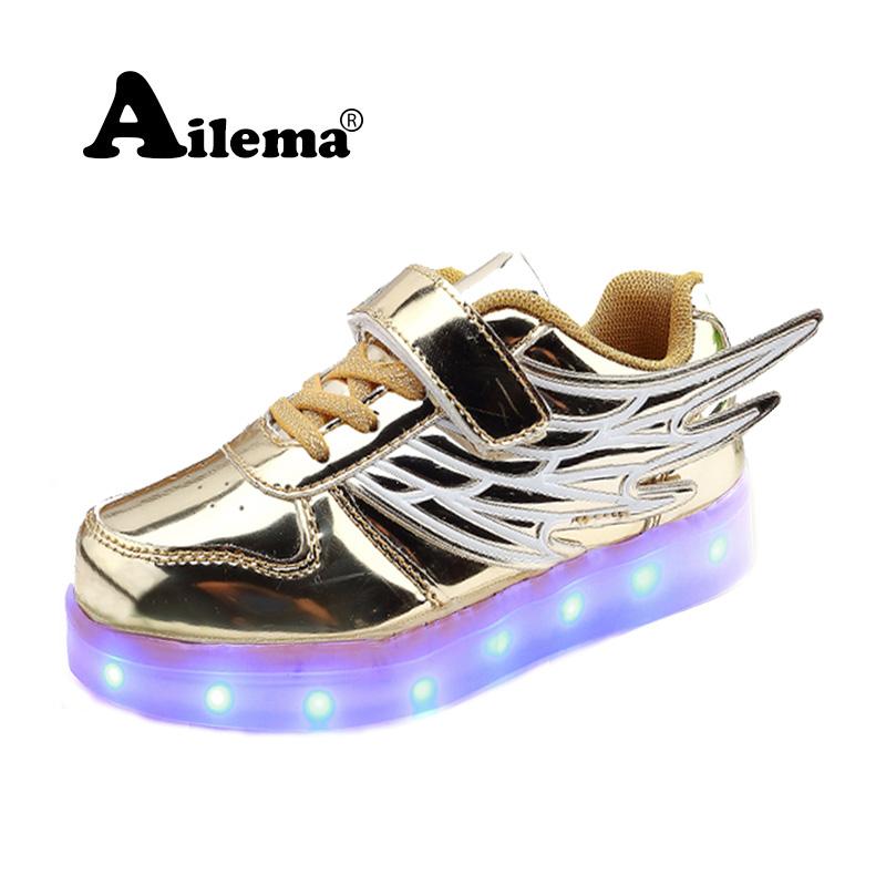 2016 Men Heelys Jazzy Girls Boys LED Light Roller Skate Shoes Children Child Breathable Armor Winged - Charm Quan store