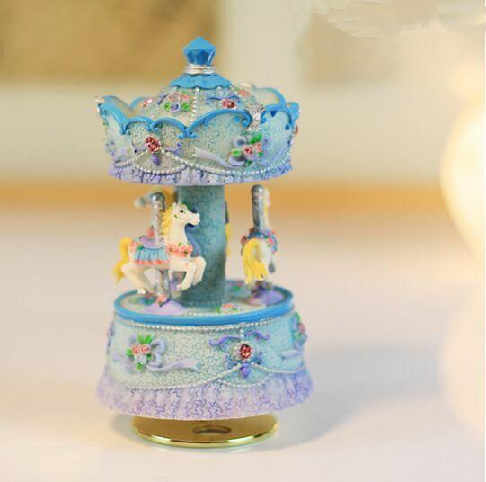 TOY STORES Free Shipping Luxury 3 Horses Carousel Music Box(China (Mainland))