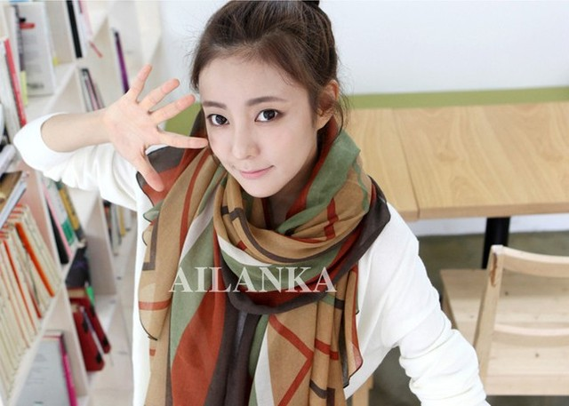 free shipping2013 European and American women lady winter warm  Korean style  Voile Scarf  1702