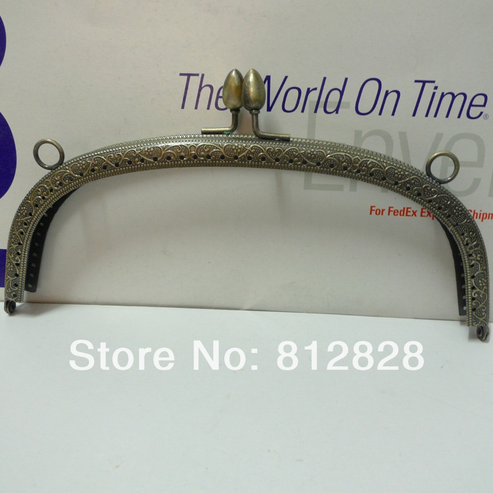 5pcs 20.5cm Antique Bronze Metal Clutch Frame with Clip Clasp and Sewing Holes(China (Mainland))