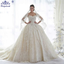 2016 Wedding Dress Ball Gown Crystal Long Train Bride Gowns Wedding Dress Lace Vintage Appliques Rhinestone Trouwjurk Zwart Wit(China (Mainland))