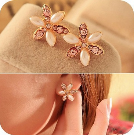 Fashionable Fresh Shiny Six Petal Flower Design With Pearl Style Stud Earrings For Girl Lady Women Free Shipping(China (Mainland))
