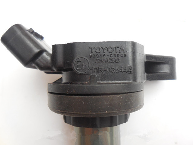 spark Ignition coil module for Toyota Corolla Vios Yaris RAV4 III replacement parts 90919 02252 90919