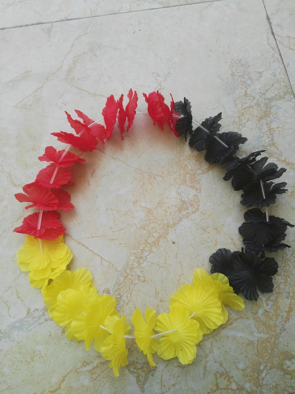 10pcs/lot Free Shipping Belgium flag color Hawaii Necklace festive & party supplies Party Hawaiian Flower lei(China (Mainland))