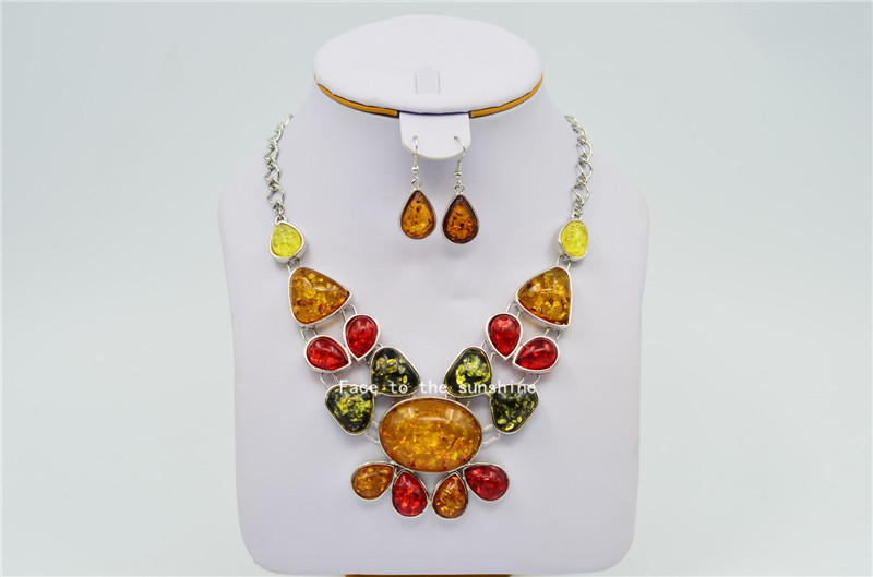 2015 New Fashion Amber Necklace Jewelry Free Shipping