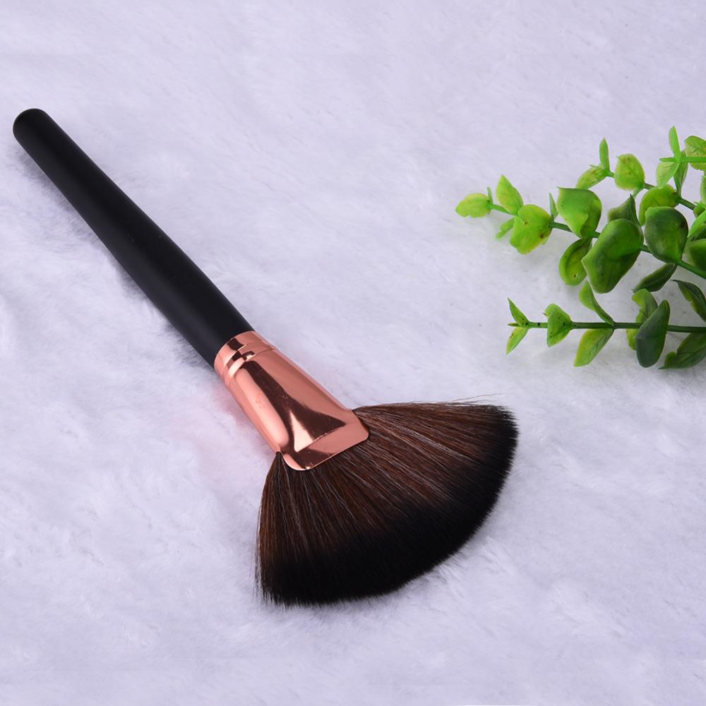 New Professional Fiber Large Single Soft Fan Shape Bamboo Handle Brush Foundation Brushes Make Up Tool Powder Cosmetic Brush(China (Mainland))