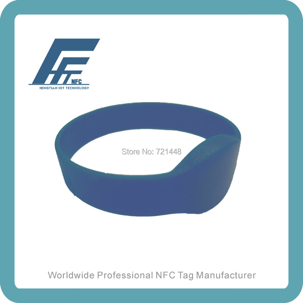 100pcs NTAG213 Blue Round Silicone Wristband Fits male adults Dia74 mm  NFC Silicone Wristband Tag <br><br>Aliexpress