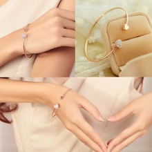 Hot Sale Women Trendy Jewelry Double Peach Heart Love Gold Plated Crystal Opening Bracelet Gift(China (Mainland))