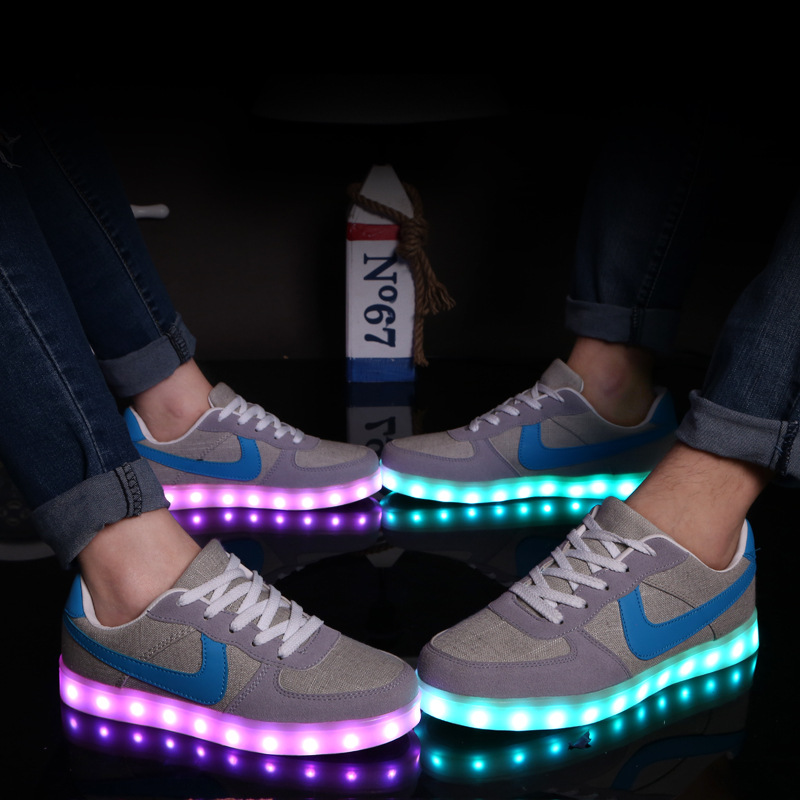 Led shoes for adults women casual canvas shoes 2016(China (Mainland))