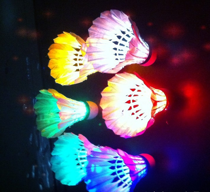 2016 New Arrival 4 pieces Led Luminous Shine Nightlight With Seven Color Duck Feather Ball Duck Feather Shuttlecock(China (Mainland))