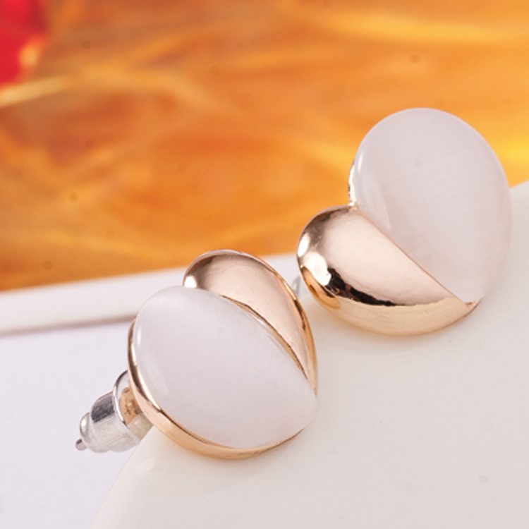 M055 Free shipping Hot Sale Crystal Earrings For Women Girls gifts Gem Fashion Jewelry Wholesale Diamonds Broad bean Earing(China (Mainland))