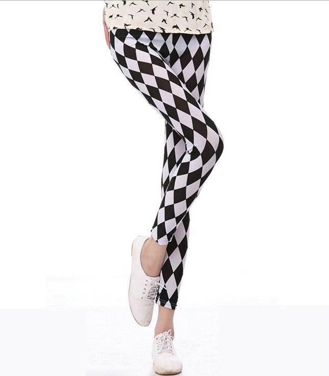 2015 New Arrival Fashion Style Black and White Diamond Lattice Women Leggings Brand High Elastic Fitness Women Pants(China (Mainland))