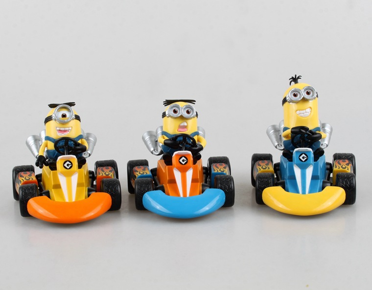 2015 American anime figure Gift Despicable Me Minions Racing car verson 7CM free shipping(China (Mainland))