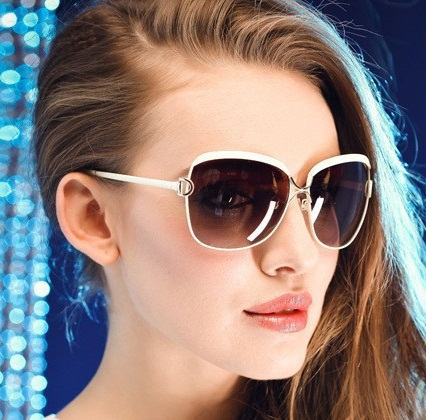 2015 Fashion women brand designer sunglasses UV400CE 100 UV protection Imitation brand glare vintage sunglasses