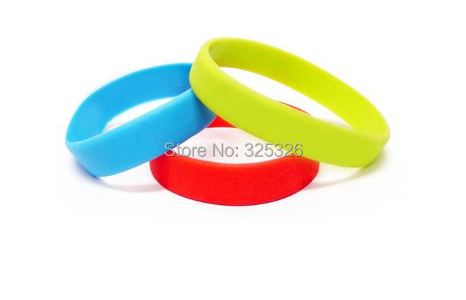 Silicone wristband/rubber wristband custom bracelets/bangle/wrist strap accept logo text wordsimprint cheap promotion bands(China (Mainland))