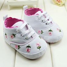 Baby Shoes Toddler Girl Walking Shoes White Lace Embroidered Soft Shoes Prewalker S01(China (Mainland))