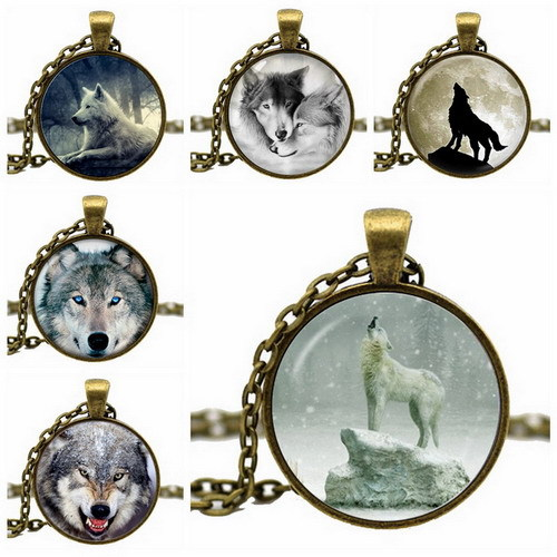 Fashion Glass Cabochon Wolf Acrylic Pendant Chain Dome Necklace Art Picture Vintage Jewelry Gift Statement Necklace
