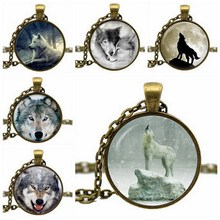 Fashion Glass Cabochon Wolf Acrylic Pendant Chain Dome Necklace Art Picture Vintage Jewelry Gift Statement Necklace For Women