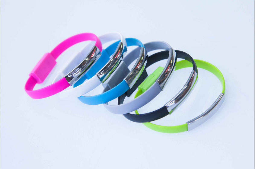 2015 New Colorful Micro USB 2.0 Data Sync Charger Wrist Bracelet Shape Cable Lead Cord for Samsung 22CM V8 + Retail Package(China (Mainland))