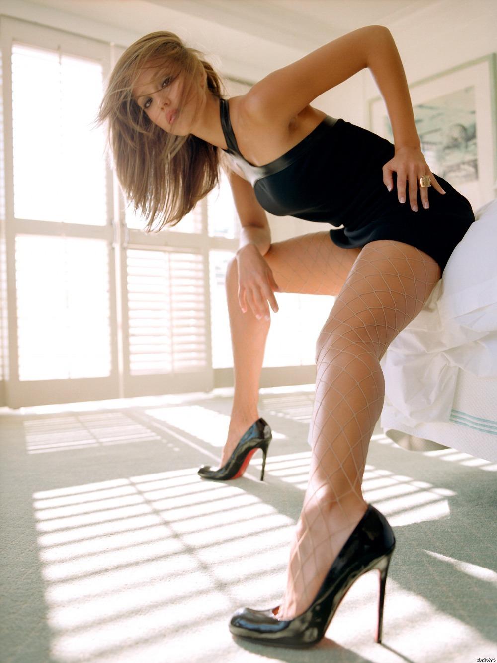 Hot Legs Jessica Alba