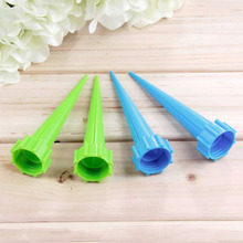 4pcs/lot  Automatic Garden Cone Spike Watering Plant Flower Waterers Bottle Irrigation System Wholesale(China (Mainland))