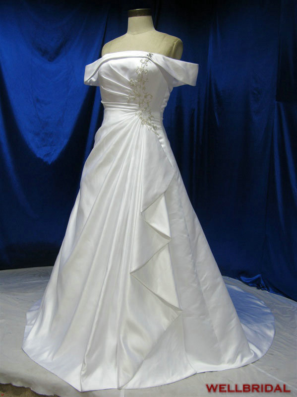 Real pictures simple wedding gowns very cheap strapless for Very cheap wedding dress
